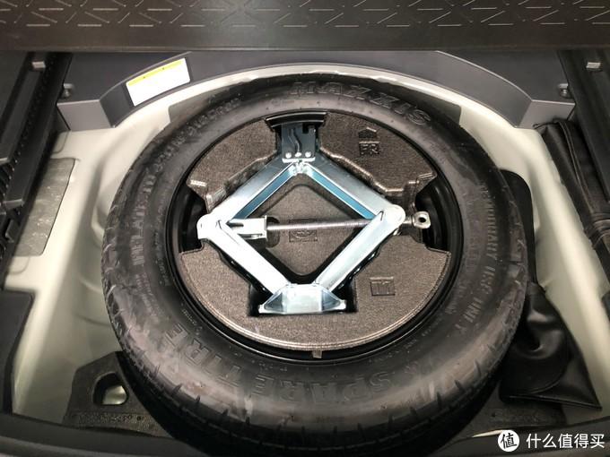 平凡中的不平凡!试全新丰田RAV4荣放