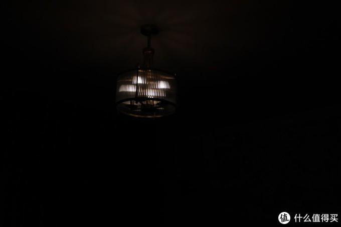 玩转亮度,色温,节奏的调调新鲜灯泡