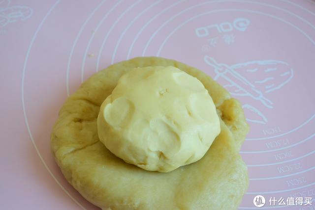 红豆酥最新做法,没烤箱照样可以做,层次分明香酥美味,简单省时