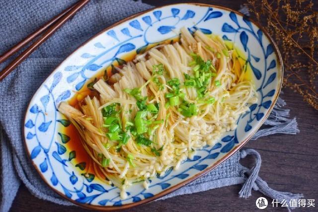 金针菇虽然好吃,但是很多人不知道咋做?分享4道金针菇经典做法