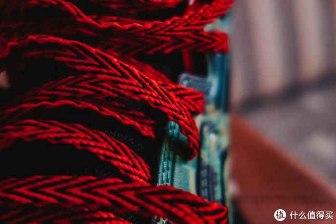 鞋带是扁的编织