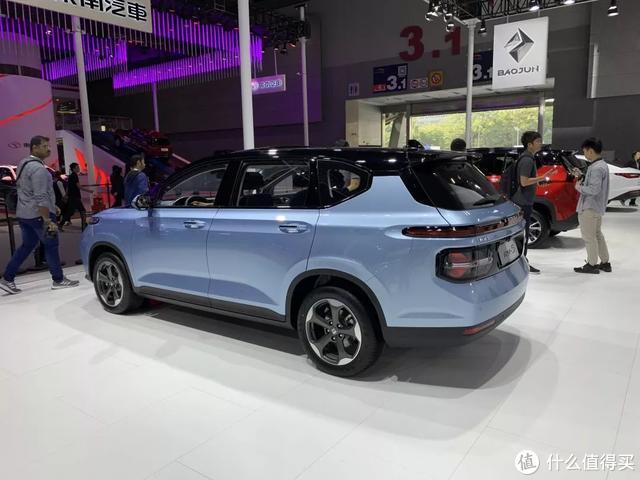 海马7X对比新宝骏RM-5:自主10万级MPV竞争到极致,出现新动向