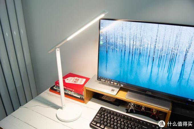 工作台上的一盏好灯——360台灯1S体验评测