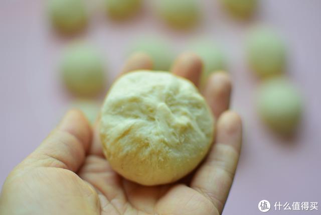 面包新做法,不用牛奶照样宣软香甜,配方详细,喜欢的就学着做吧