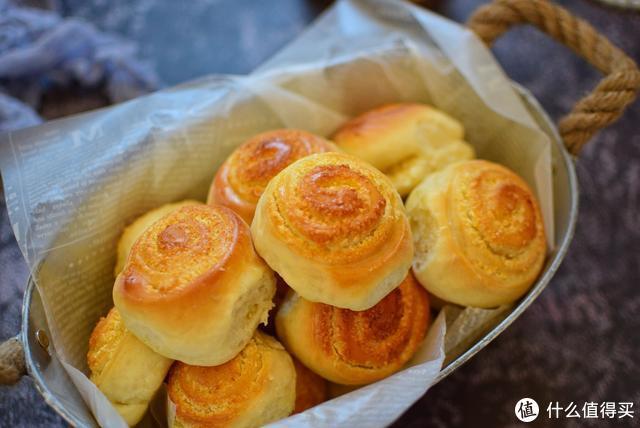 好面包撕着吃,又香又软,儿子三口两口就能吃好几个,太好吃了