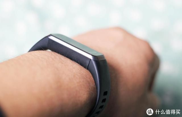华为手环4——百元智能手环最佳 全天候健康监测 支持9种运动模式