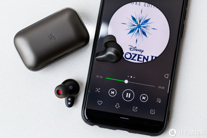 《到站秀》第295弹:塞进定制复合式双动铁的 魔浪 mifo O7 真无线耳机