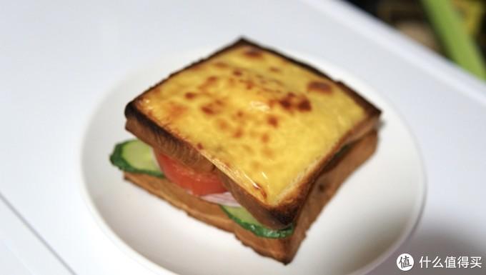 早餐:三明治