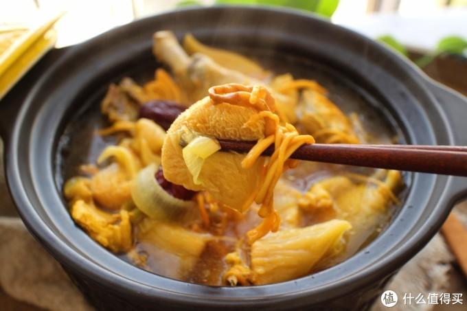 冬天,煮此汤喝滋润不长肉,比喝骨头汤还要好,我家一周喝2次