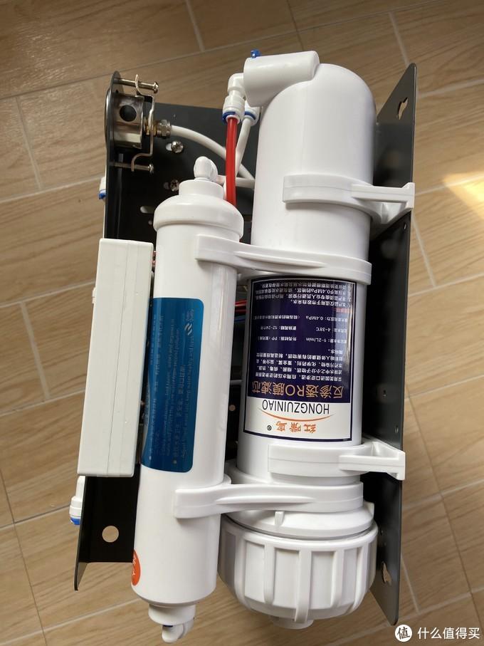 接热水器也要看看红嘴鸟400G无桶纯水机净水器的废水纯水比老板有没有吹牛