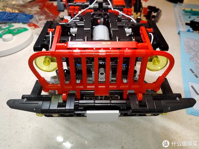 """孩子的大玩具??看我装一台带差速锁的""""硬派越野车""""!"""