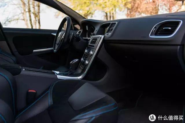 心中的那一抹蓝-Volvo V60 Polestar