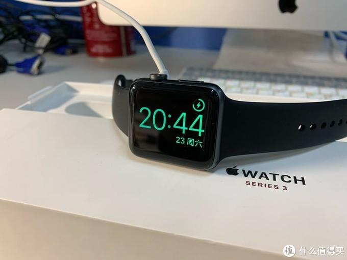 发布2年后的apple watch S3蜂窝版还值得买吗?