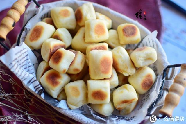 别再用烤箱烤面包了,一口平底锅就能做,油少不上火,全家都爱吃