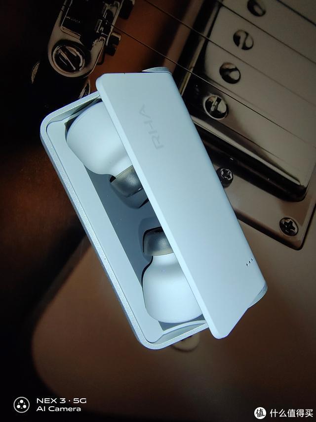 冷门品牌的小清新耳机 来自英国的RHA 真无线蓝牙耳机简评