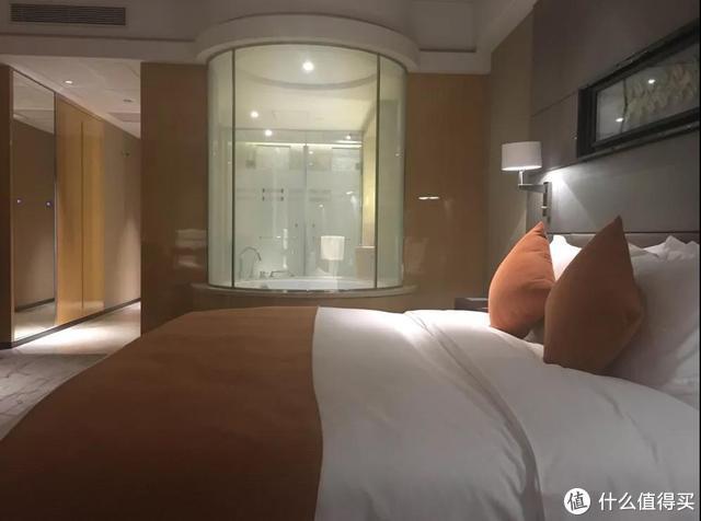 作为房客,我败给了酒店的透明浴室,该如何避免尴尬?