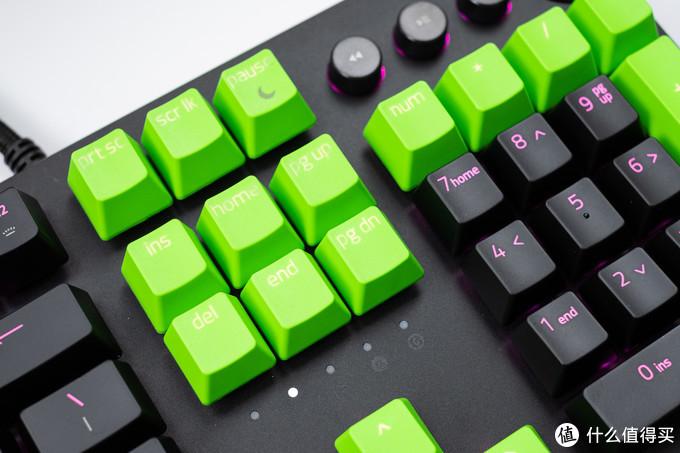 给黑换绿,拒绝打油:雷蛇 Razer 双色注塑PBT键帽升级套件+腕托 组合