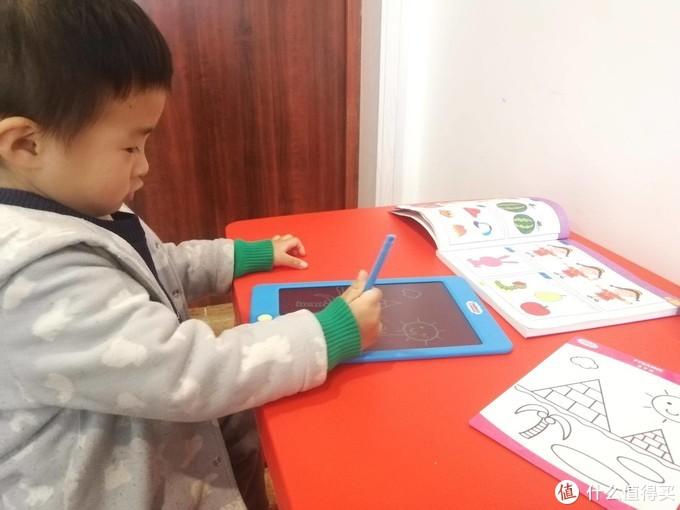 托马斯和朋友透明液晶手写板,一款可以临摹的手写板