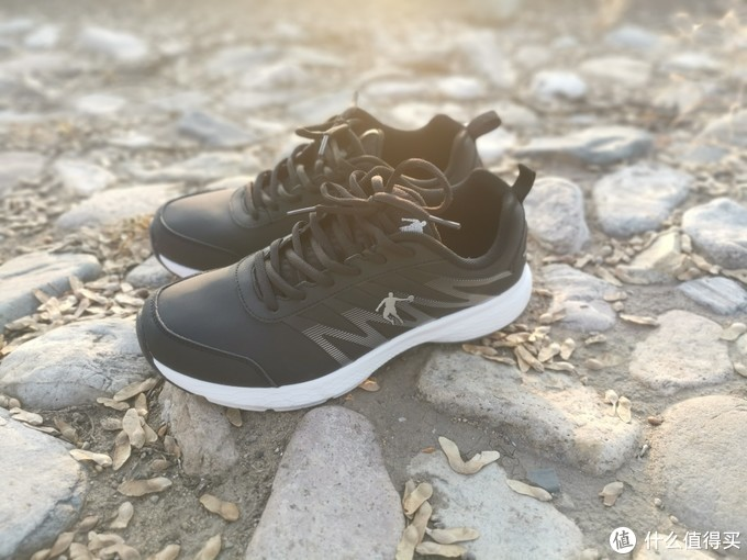 双十一下单购入的国产乔丹跑步鞋!