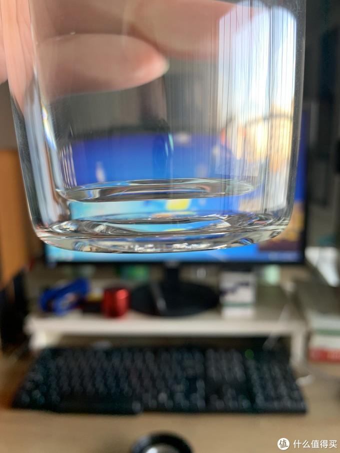 这个价位的玻璃杯,主材无肉眼可见瑕疵也是最基本的要求。