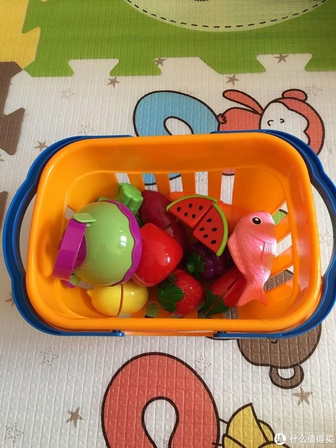 从小学做菜,长大不用点外卖 篇七:贝恩施水果切切乐,模仿妈妈来做菜