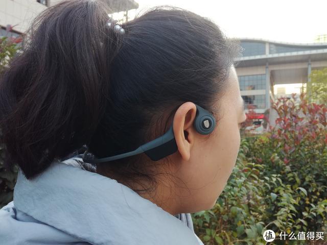 不塞进耳朵的耳机还能不能叫耳机,南卡Runner骨传导就是这么拽