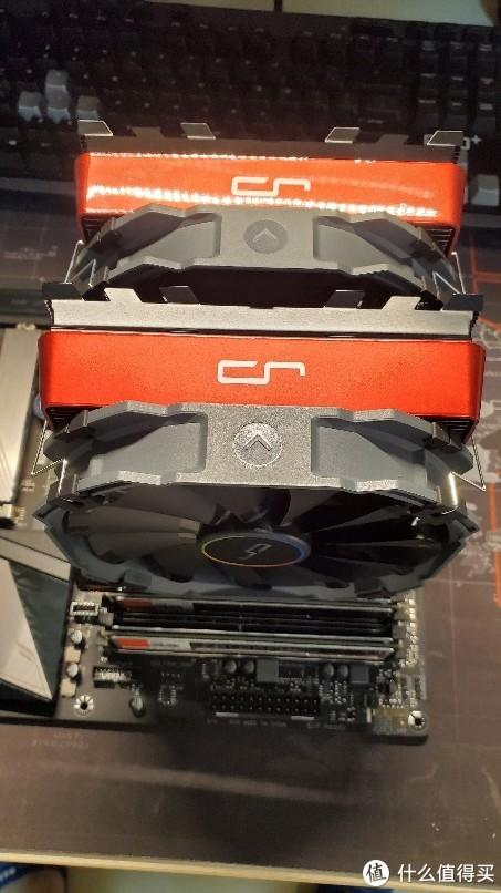 换了红色马甲Cryorig R1