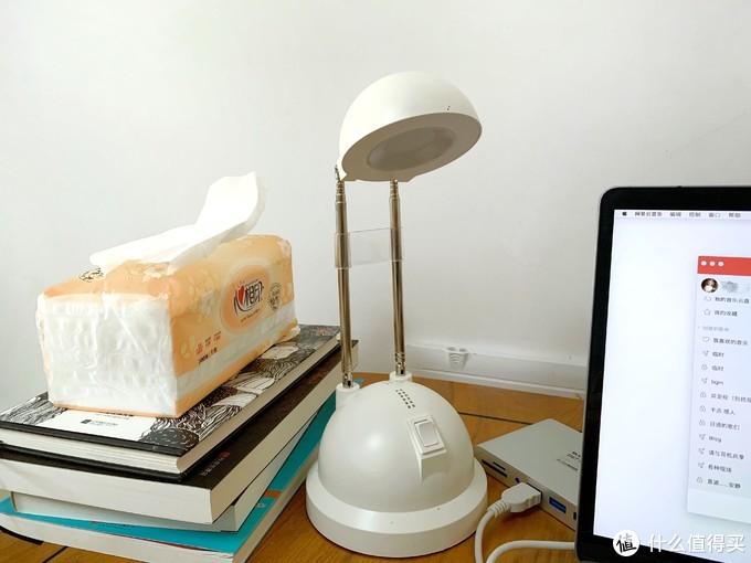 「晒桌面」餐桌改办公桌,关于一室一厅的美好独居生活
