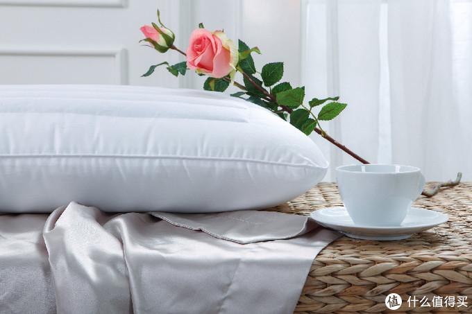 您的卧室,使用的枕头选择满意嘛?