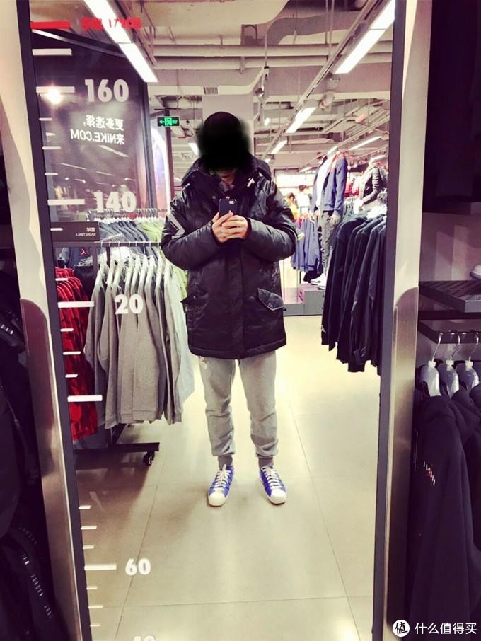 寒潮来袭,瞄一眼耐克换季优惠店冬装,nike多款AJ棉服上架