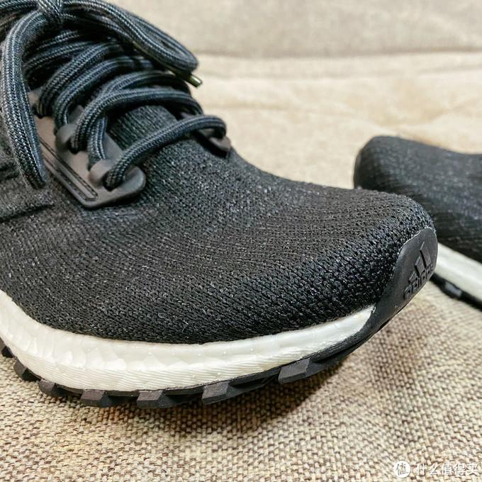 adidas Primeknit 鞋面