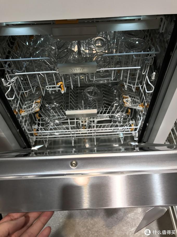 为什么进口洗碗机这么受欢迎?进口洗碗机和国产洗碗机之间有什么差别?