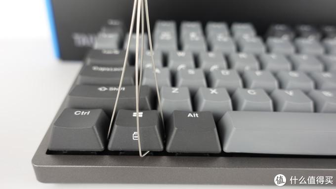 配件中的拔键器还挺好用的。