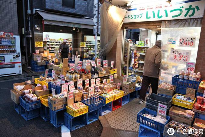 除了甜品店之外,各式各样的杂货铺也是自由之丘的一大招牌