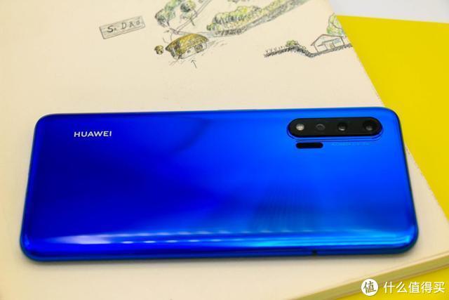 与iphone11相比,华为nova6 5G到底强在哪里?