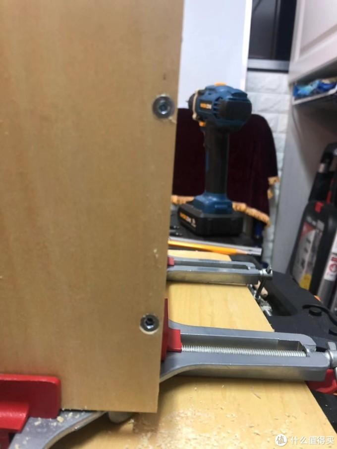 这里用了家具用的M5 内六角螺丝