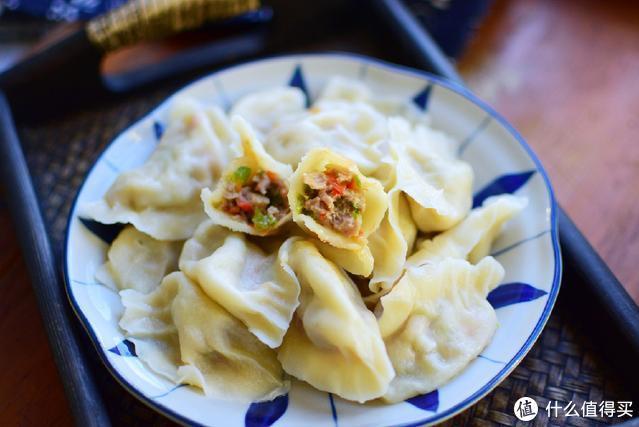 这蔬菜和肉馅才最搭,包成饺子吃,有肉有菜太香了,每次都能吃撑