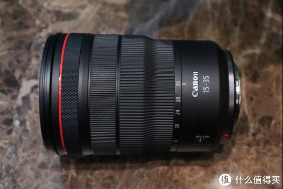 高品质R卡口超广角镜头 RF15-35mm F2.8 L IS USM