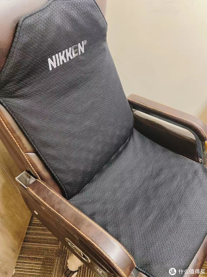 """办公室神器坐垫,真的""""舒服死了""""!!"""