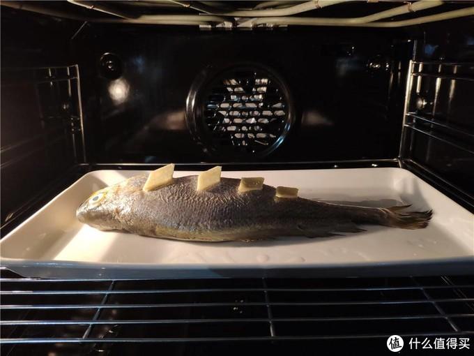 搪瓷蒸烤箱成为主流,它跟普通蒸烤箱到底有什么区别?