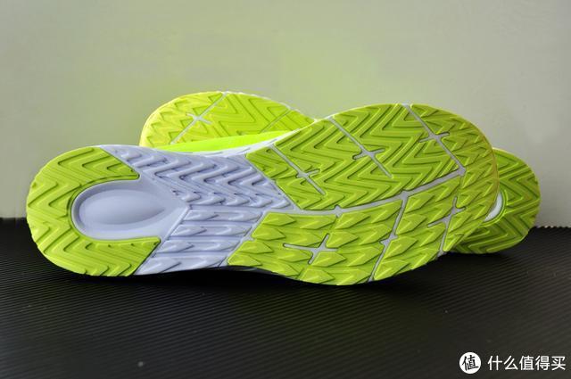 轻弹有型,智慧于芯,咕咚智能跑鞋42K体验