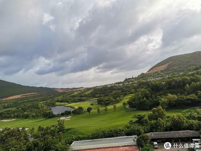 高尔夫这个景观设计还是不错