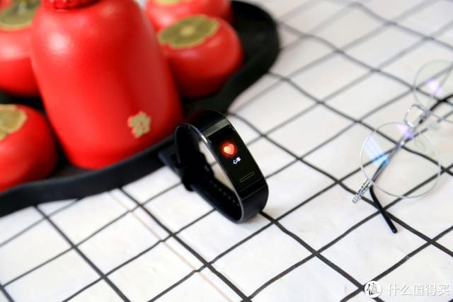华为手环4Pro体验:新增独立GPS、多功能NFC,运动生活更便捷