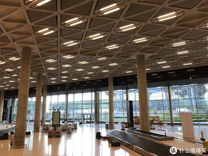 安曼的机场还是很有美感的