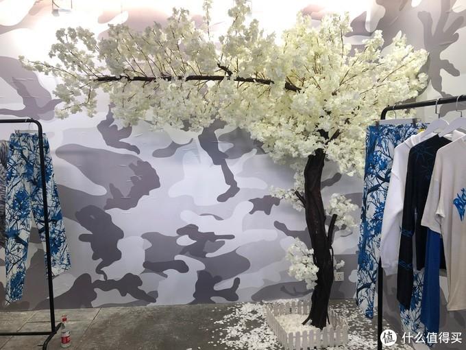 男值友视角:innersect 2019 街头潮流展次日 —— 天壤之别