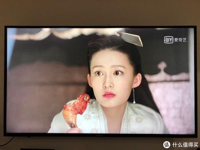 连接4K电视效果,女主角头发丝非常清楚