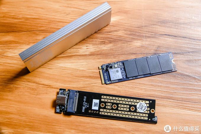 移动硬盘廉颇老矣,固态改U盘同样大容量,更小巧更高效真香