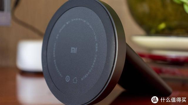 无线充电设备的最佳伴侣,小米立式无线充电器20W体验