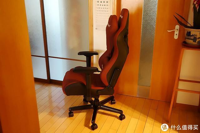 究竟是一把什么椅子,坐着比躺着还舒服?安德斯特电竞椅入手体验