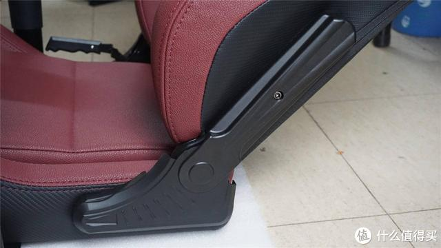 安德斯特电竞椅评测:大品牌电竞靠椅,高端的让人不禁多看一眼